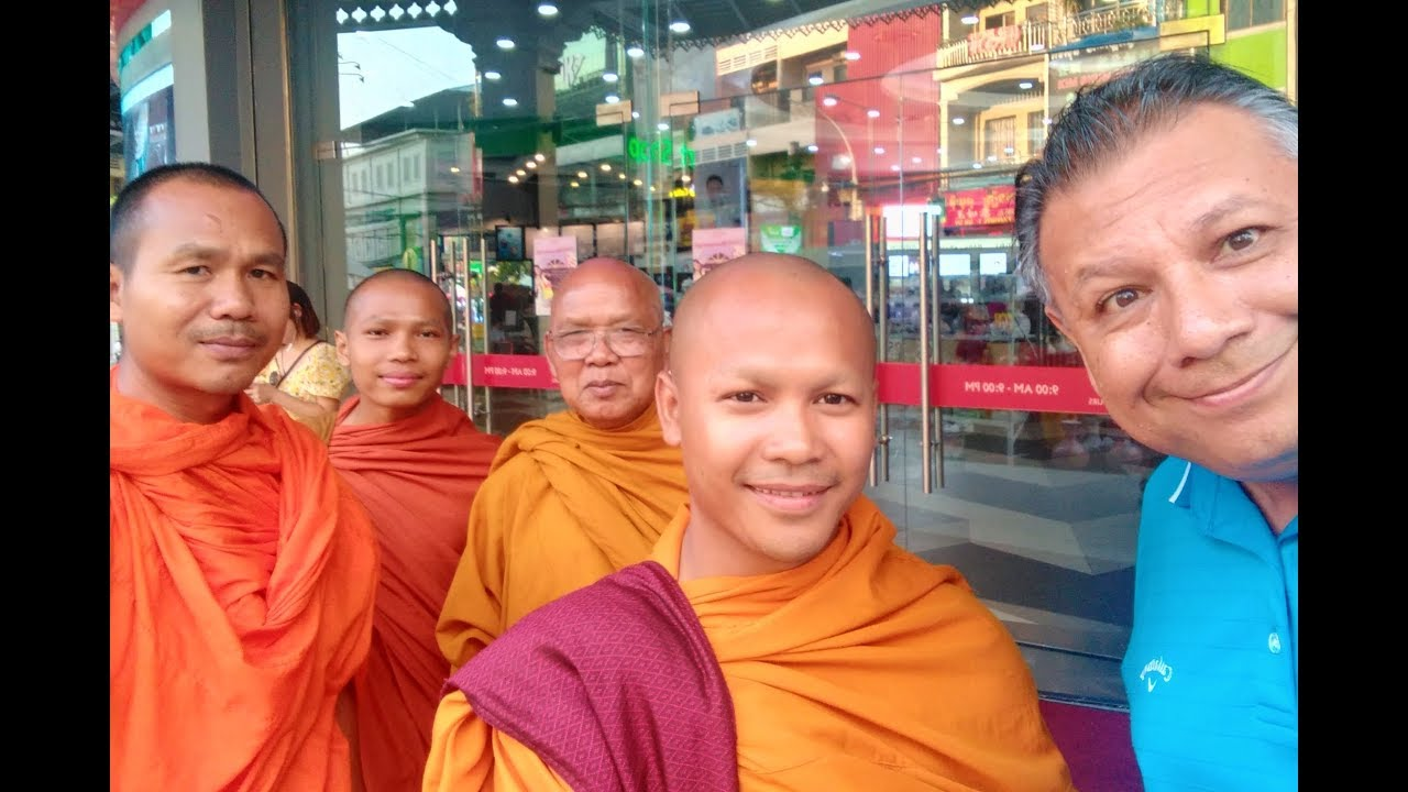 My Thoughts on Phnom Penh, Cambodia - Visa Run