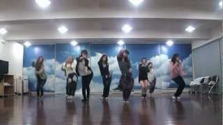 SNSD - Mr. Taxi & The Boys Dance sm practice room Oct.2011 GIRLS