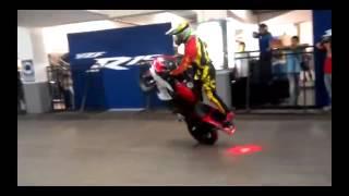 Aksi Free Style Motor Yamaha R25