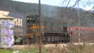 Serbian Railways - General Motors Emd G16 'kenedi' Locomotive & Trai