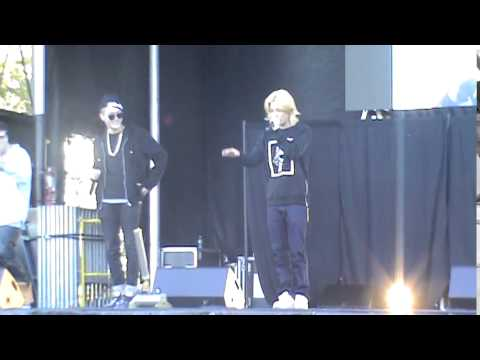 141012 M.I.B speaking English and performing 들이대 (Men In Black) at New York Chuseok Festival