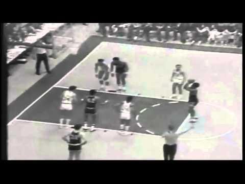 Austin Carr Scores 61 Points vs. Ohio - 1970 NCAA Championship