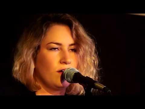 Kirsten Maxwell - Diamonds and Rust