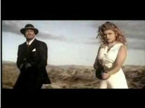 Fergie Glamorous Feat Ludacris