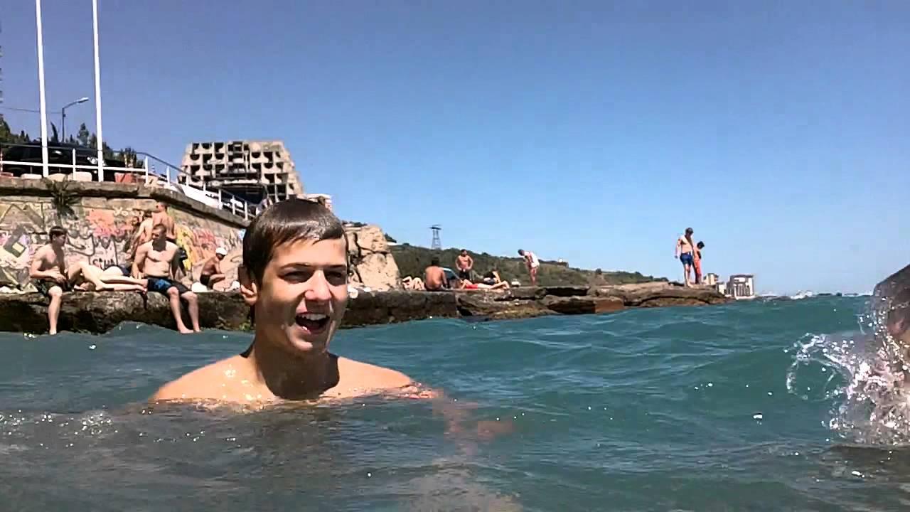 Мальчишки на пляже фото фото 416-589