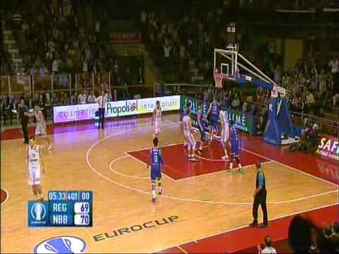 Darjus Lavrinovic HUGE DUNK vs Brindisi - Eurocup (14/10/2015)