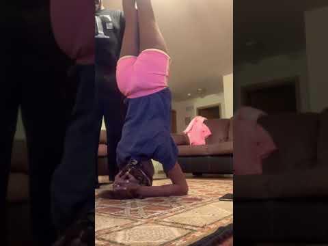tiff 314 🤟🏾yoger yoga lol headstand vs jae yoga