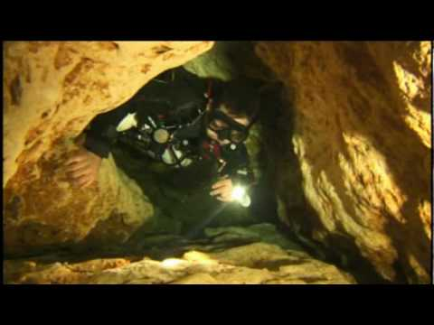 Sidemount scuba diving underwater with the nomad exp and - Dive rite sidemount ...