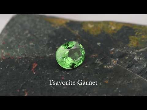 RARE SUPER CLEAN Tsavorite Garnet: GemSelect Video Review