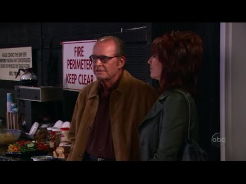 8 Simple Rules S1E27 Sort Of An Officer And A Gentleman 1 from YouTube · Duration:  25 minutes