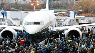 Top 10 Airlines - Boeing 737 MAX Roll Out