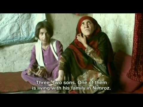 アフガニスタンの麻薬中毒の12歳の少女グルパリ1