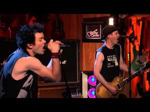 Sum 41 - Still Waiting (Guitar Center Live)