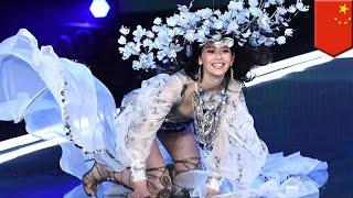 Modelo de Victoria's Secret Ming Xi se expresa ante su caída durante el show - TomoNews