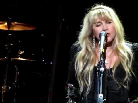 Stevie Nicks - For What It's Worth 05-26-2011 feat. Mike Campbell @ Wiltern