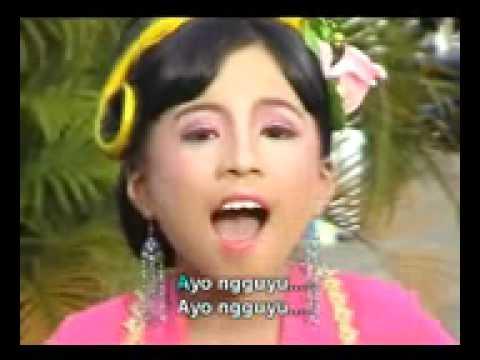 Lia Puspita   Ayo Ngguyu