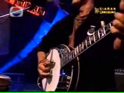 Iwan Fals   Galang Rambu Anarki Live)
