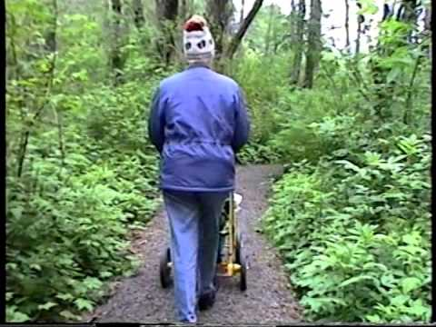 Lake Swano Trail, Grays Harbor College, Aberdeen, WA, April 2000