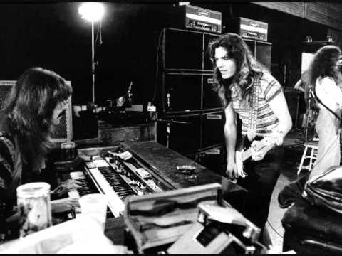 Deep PurpleTommy Bolin-Statesboro blues.wmv