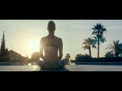Hardwell feat. Jake Reese - Run Wild (Official Music Video)
