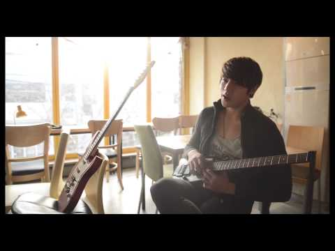 C-Clown - Far Away Young Love (Acoustic Ver.)