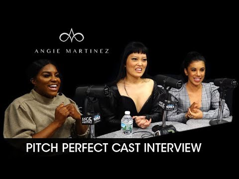 Pitch Perfect Cast Talk Auditions, Other Careers  + BLeBRiTY Challenge