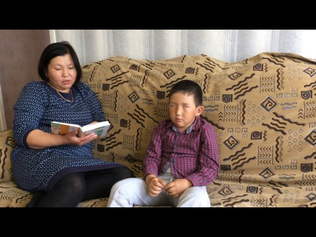 Изображение предпросмотра прочтения – СаулеЖукабаева читает произведение «О чтении» А.А.Усачева
