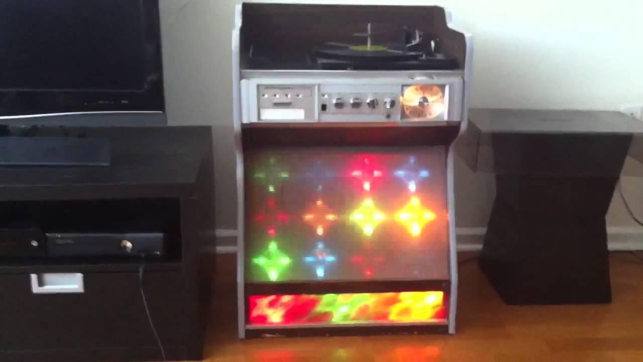 Classic 1970 S Morse Electrophonic Jukebox Youtube