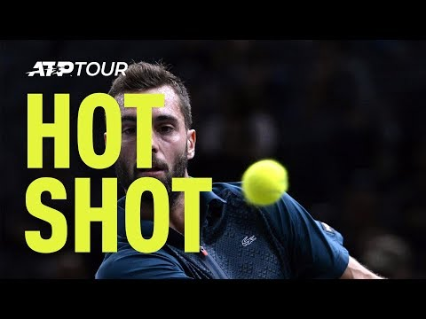 This French tennis player defied physics to basically hit the perfect shot