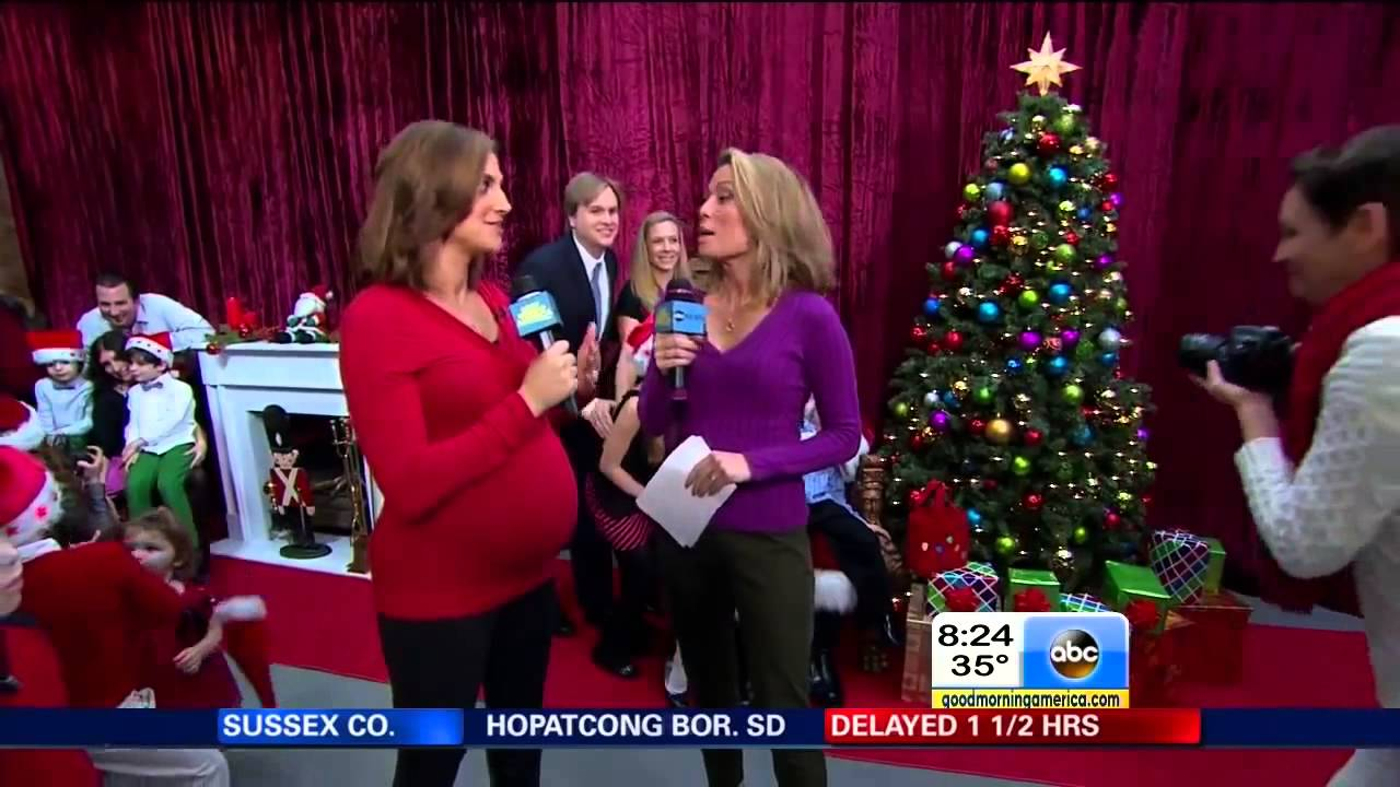 Paula Faris Exposed Pregnant Belly Amp Amy Robach 12 09 13