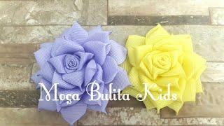 Flor em camada na fita de gorgurão de 22mm n°5 por Janaína Gonçalves Moça Bulita Kids