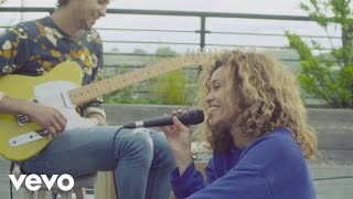 Izzy Bizu - Skinny (Rooftop Sessions)