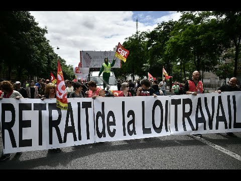 France's Parliament Deals Major Blow to Labor
