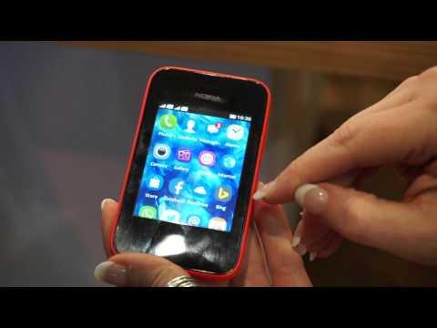 Nokia Asha 230 Demo at Mobile World Congress (MWC) 2014