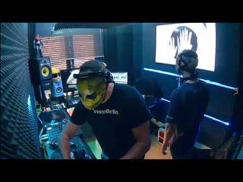 097 // The YellowHeads Studio Mix // 097