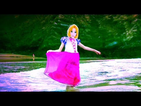 Lavender's Blue (Dilly Dilly) Song/REAL Rapunzel at the Seaside/Funny Video For Kids/Part 6/HD