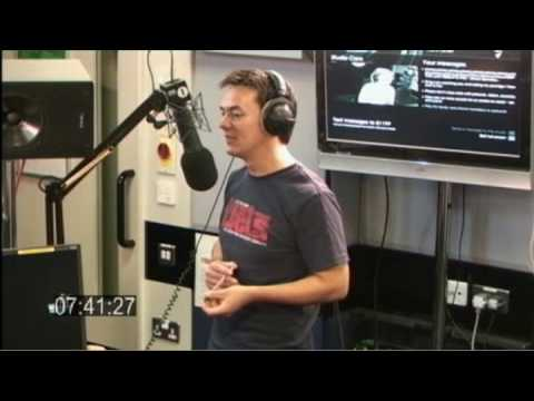 Moyles - more from Hull karaoke (Web Streaming Fri 31 Jul 07:34-07:56)
