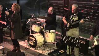 "Veronica & The Vipers - ""Darling it Hurts"" Regency Tavern 20-6-15"