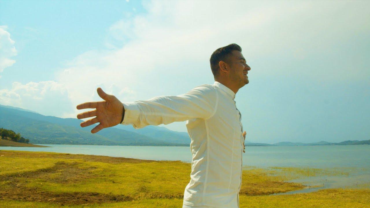 Νάσος - Χρώμα Σοκολατί   Official Music Video