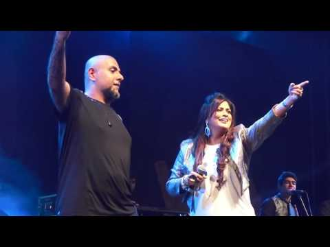 Richa Sharma Live Ft Vishal Dadlani NH7 Weekender Pune