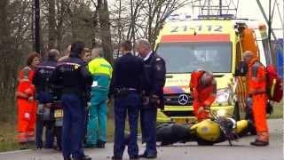 Motorrijder overleden na botsing met lichtmast