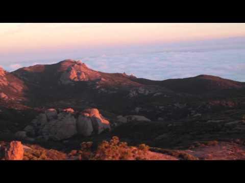 Sandstone Peak Sunrise Hike