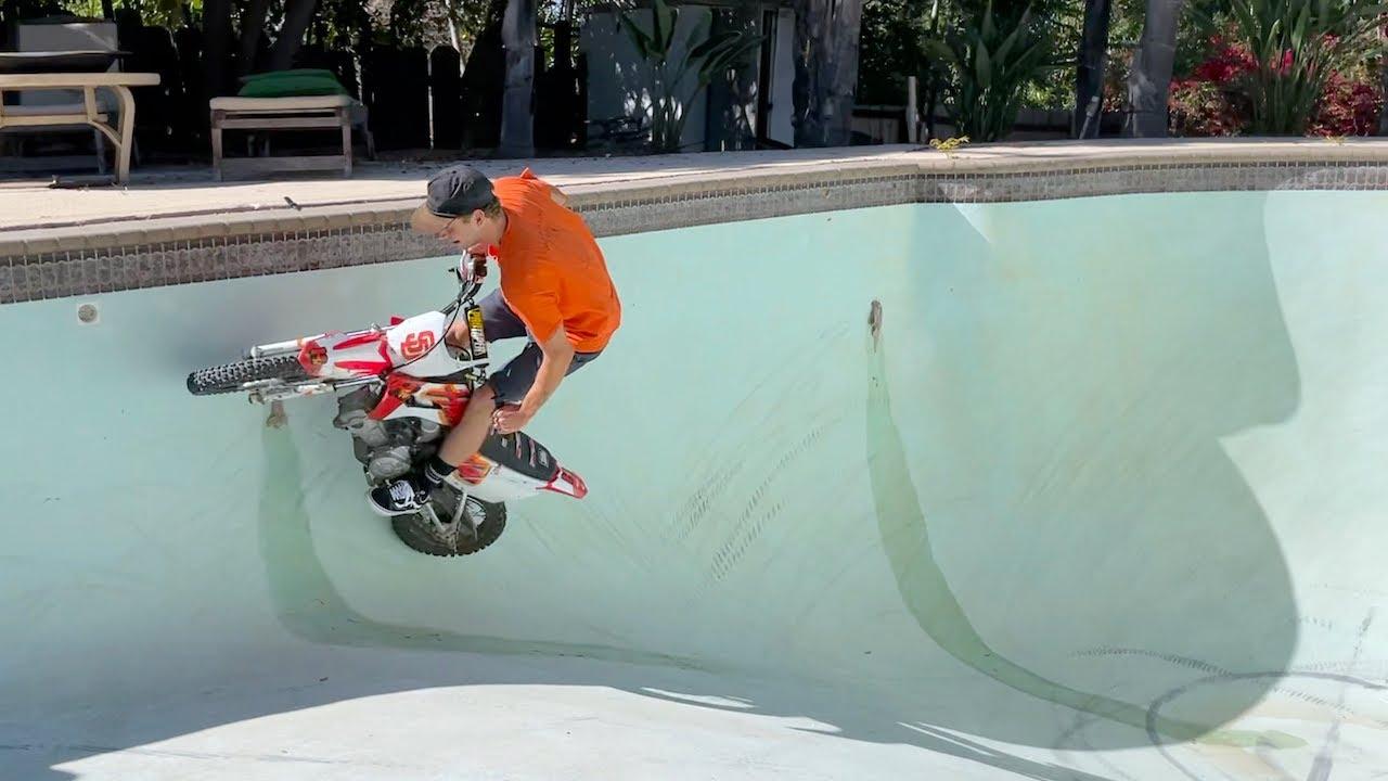 Dirt Bikes Ride In POOL - Buttery vlogs Ep96