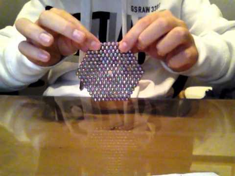 neocubes comment faire un coussin et triangle 3d tuto. Black Bedroom Furniture Sets. Home Design Ideas