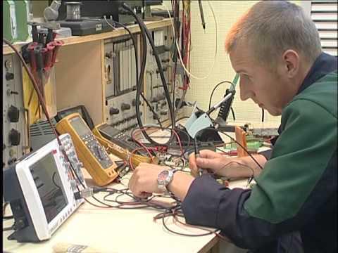 Видео Электромонтер по ремонту тойота