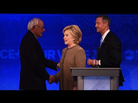 Nevada Democrats host presidential candidates at dinner