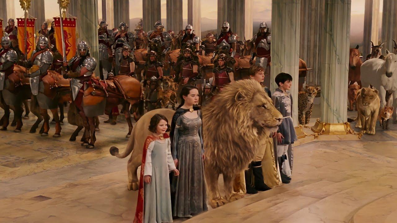 بنت بتلاقي جوا دولابها الصغير عالم كامل ومملكة كاملة موجودة جوا! The Chronicles of Narnia
