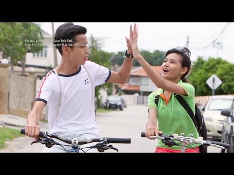 Lirik Lagu Lain Tapi Sama (OST Kasut Bola Pink) - Wafiy, Erissa Dan Aryanna Alyssa