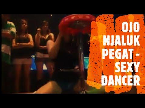 OJO NJALUK PEGAT. NEWS JAWA HOUSE MIX 2013 WITH SEXY DANCER. FULL HD