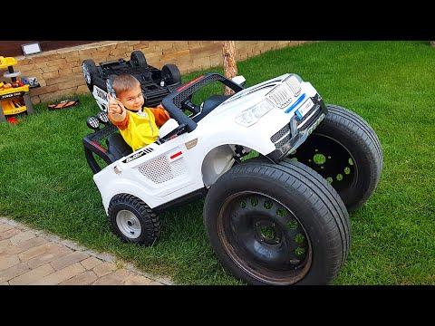 Дима превращает игрушечную машинку в большую машину